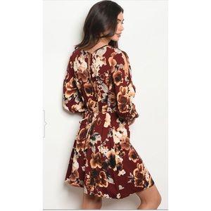 Dresses & Skirts - Fall floral dress